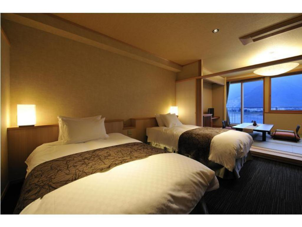 Japanese/Western-style Room (2 Beds, Annex) - Guestroom