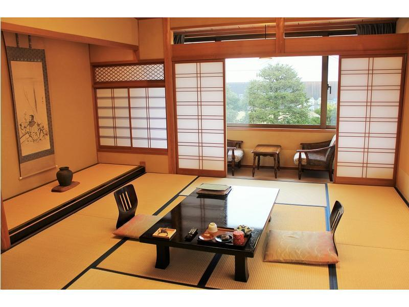 다다미 객실(신관 MORI-NO-YAKATA) (Japanese-style Room (New Building/Mori-no-Yakata Wing))