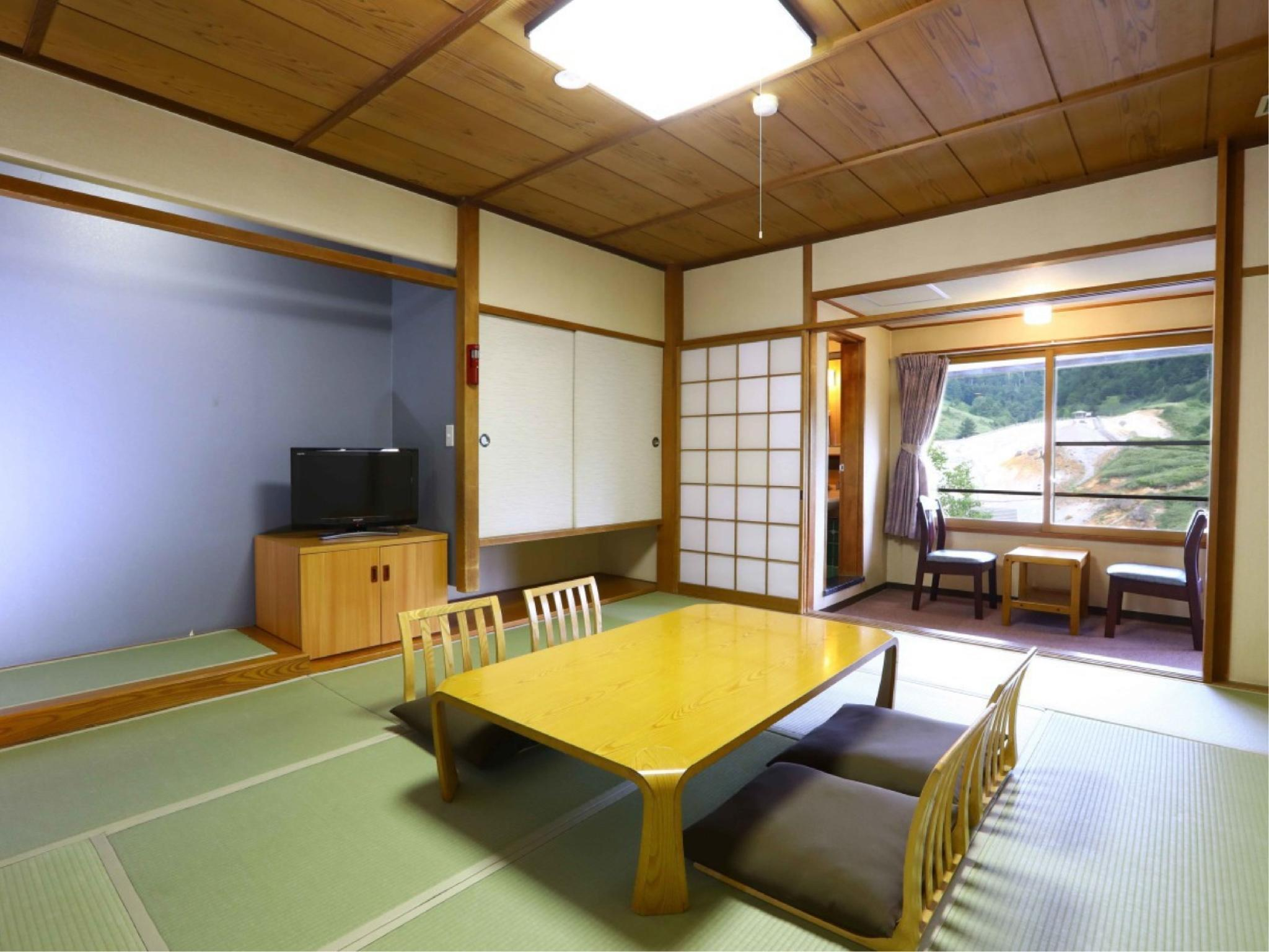 和室(本館)|10畳+踏込2.5畳 (Japanese Style Room Main Building)
