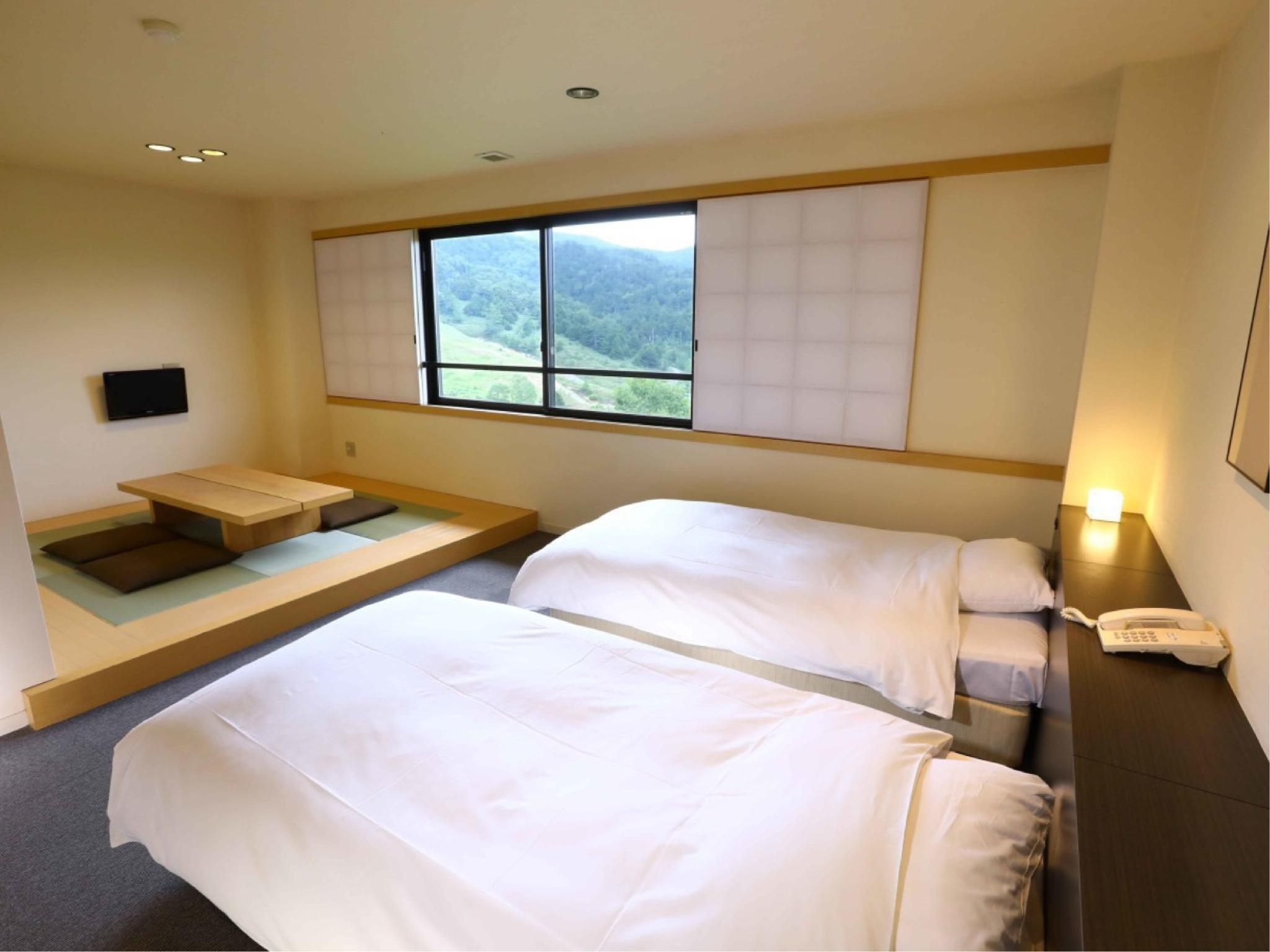 和洋室(新館 湯房)|34.7平米+洋間 (New Building Japanese Western Style Room)
