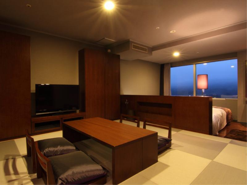【和洋室】≪絆≫ファミリールーム■禁煙■ (Japanese-Western style Family Room (2 Beds, Kizuna Type, Annex Tower))