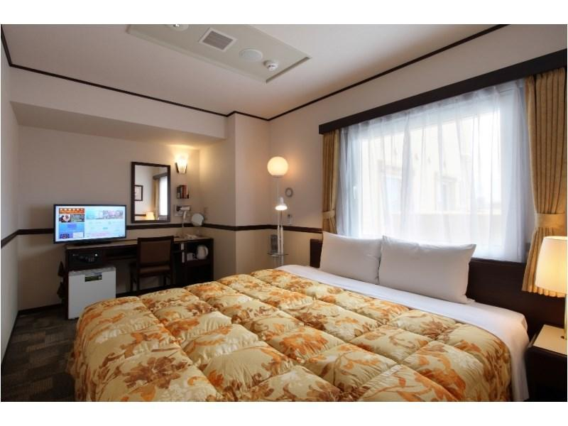 双人大床房 (Double King Room)