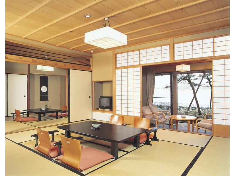 水の棟 和室 |10畳+次の間 (Japanese-style Room (Mizu-no-To Wing))