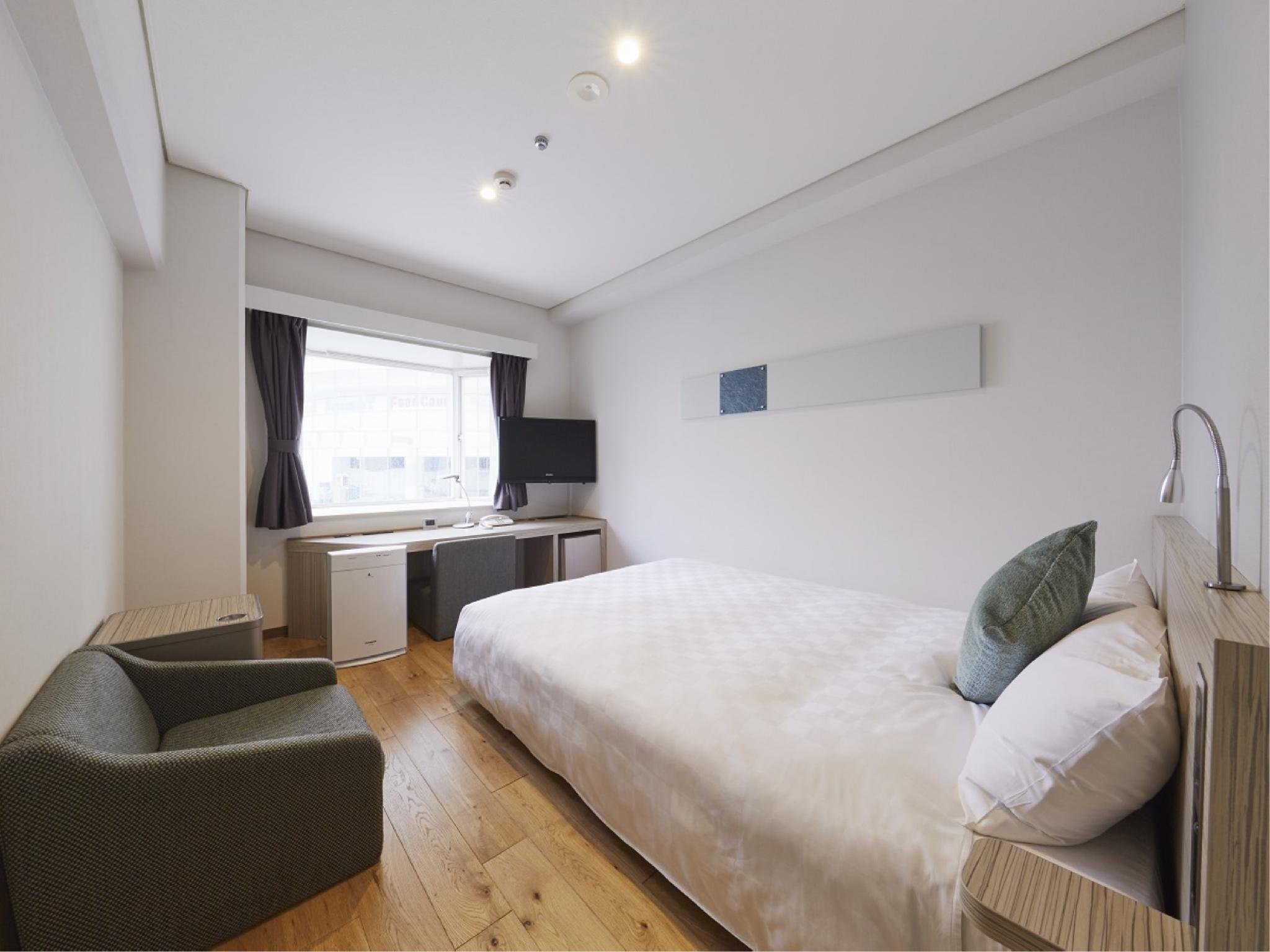 Semi Double Room with Wooden Flooring