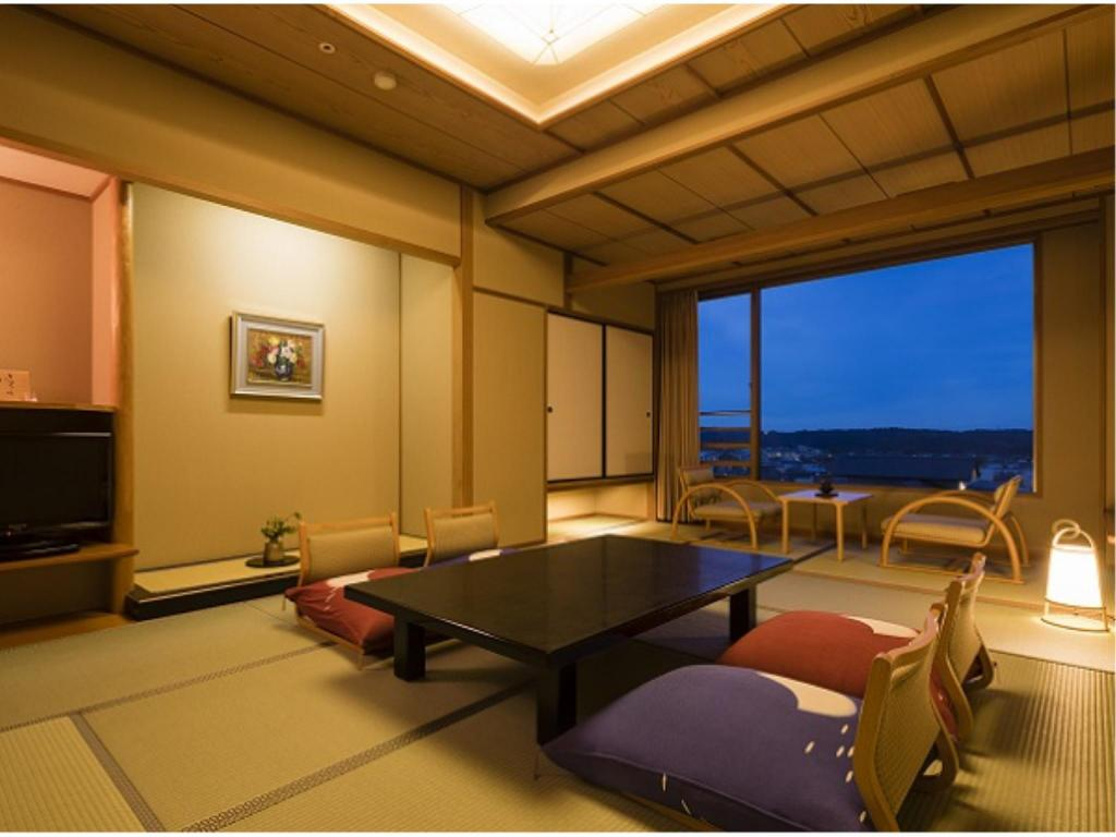 Japanese-style Room (Hakuun South Wing) - Guestroom