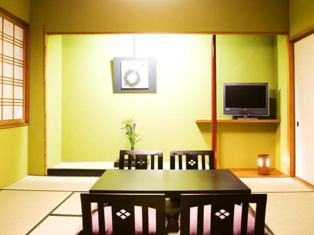 Japanese-style Room (8 tatami, Tsudoi Type) *No bath in room - ห้องพัก