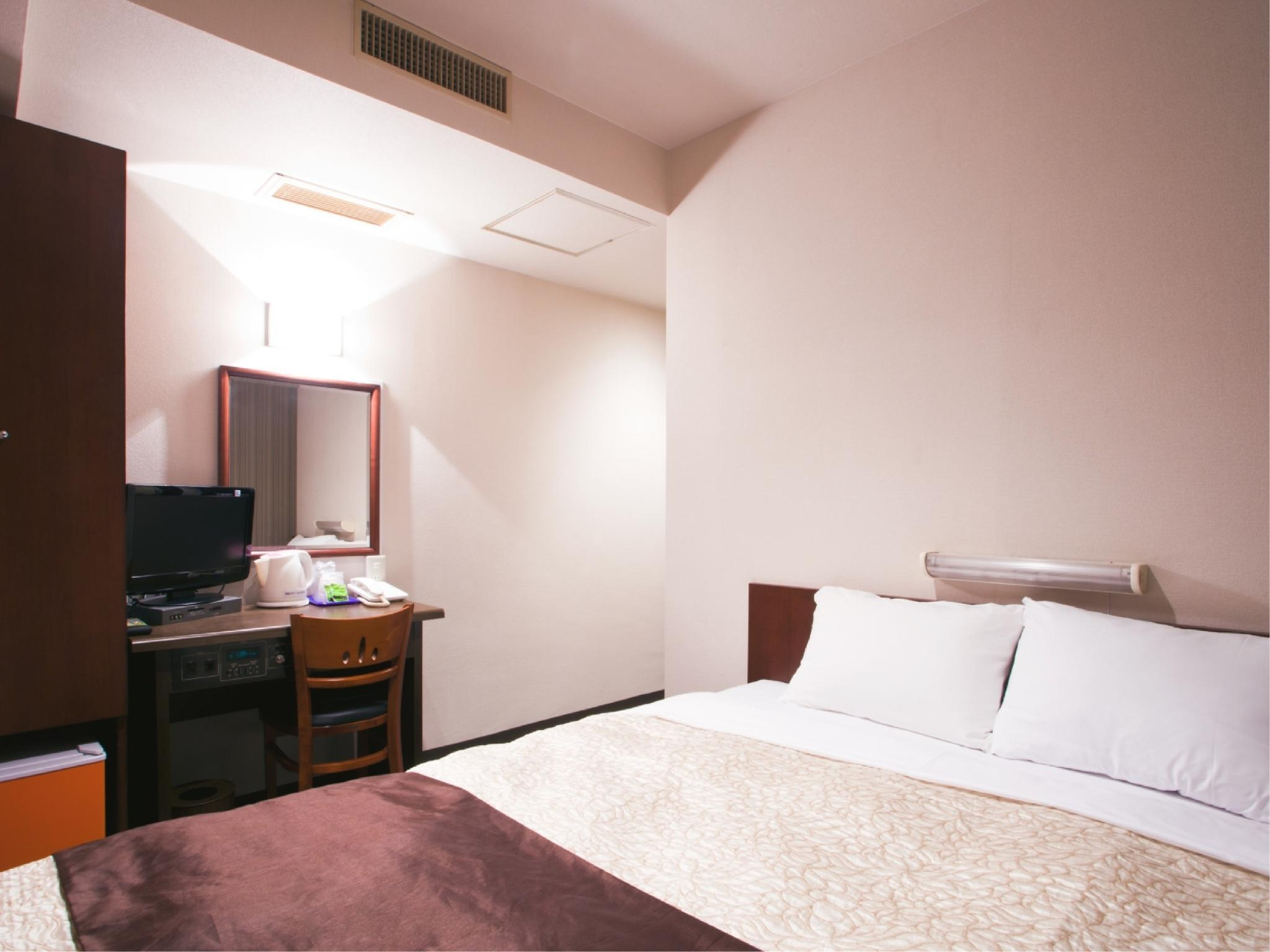 Standard Double Room (Wide Bed)