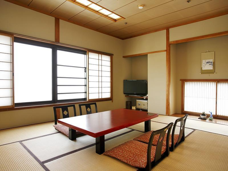 東館和室 (Japanese-style Room (East Wing))