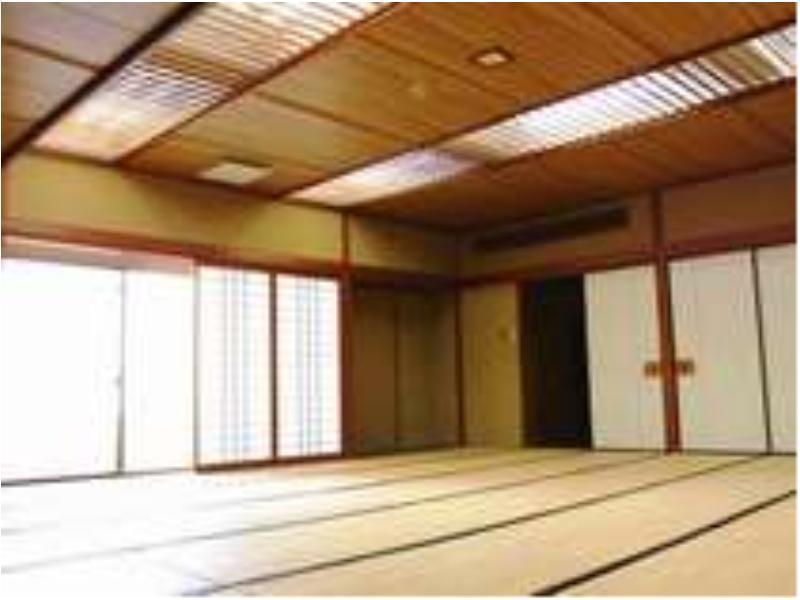 대형 다다미 객실(본관) (Large Japanese-style Room (Main Building))