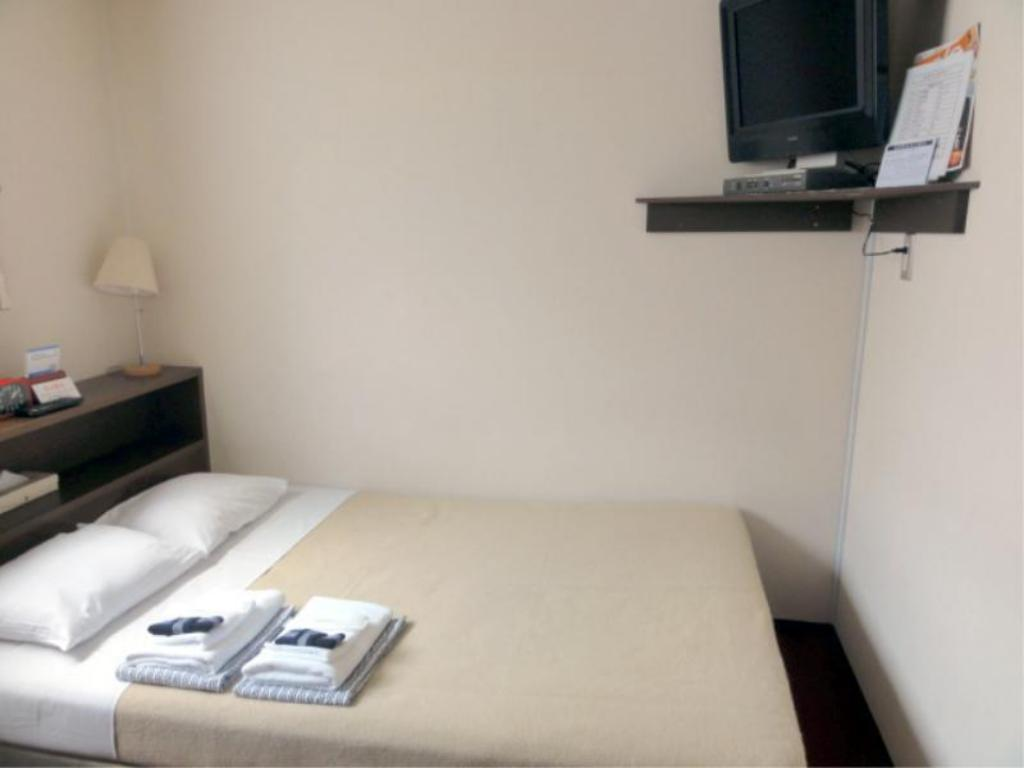 Semi-Double Room - Guestroom
