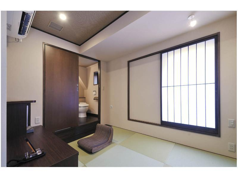 日式單人房 (Japanese Style Single Room)