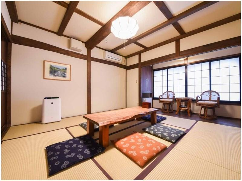 206号房 萤袋 和式房+门厅+阁楼 (Japanese-style Room with Antechamber + Loft (Hotarubukuro Type/No. 206))