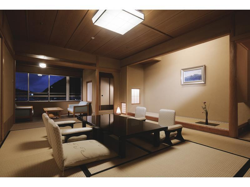 Japanese-style Room with Balcony
