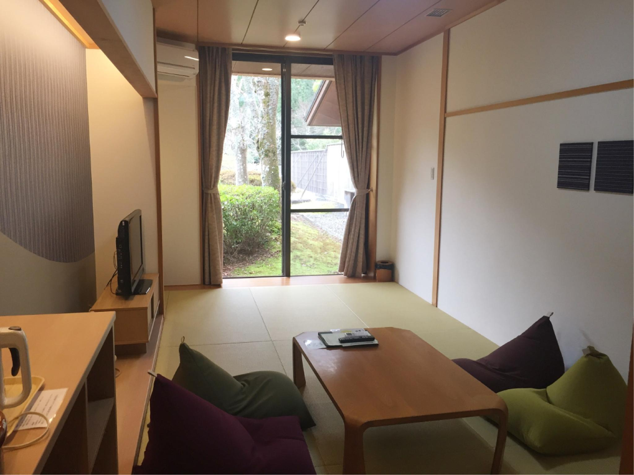 新改装和式房 (Japanese-style Room *Refurbished room)
