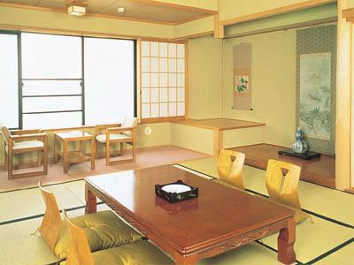 B館 和室 海 |12.5畳+踏込 (Japanese-style Room (Wing B))
