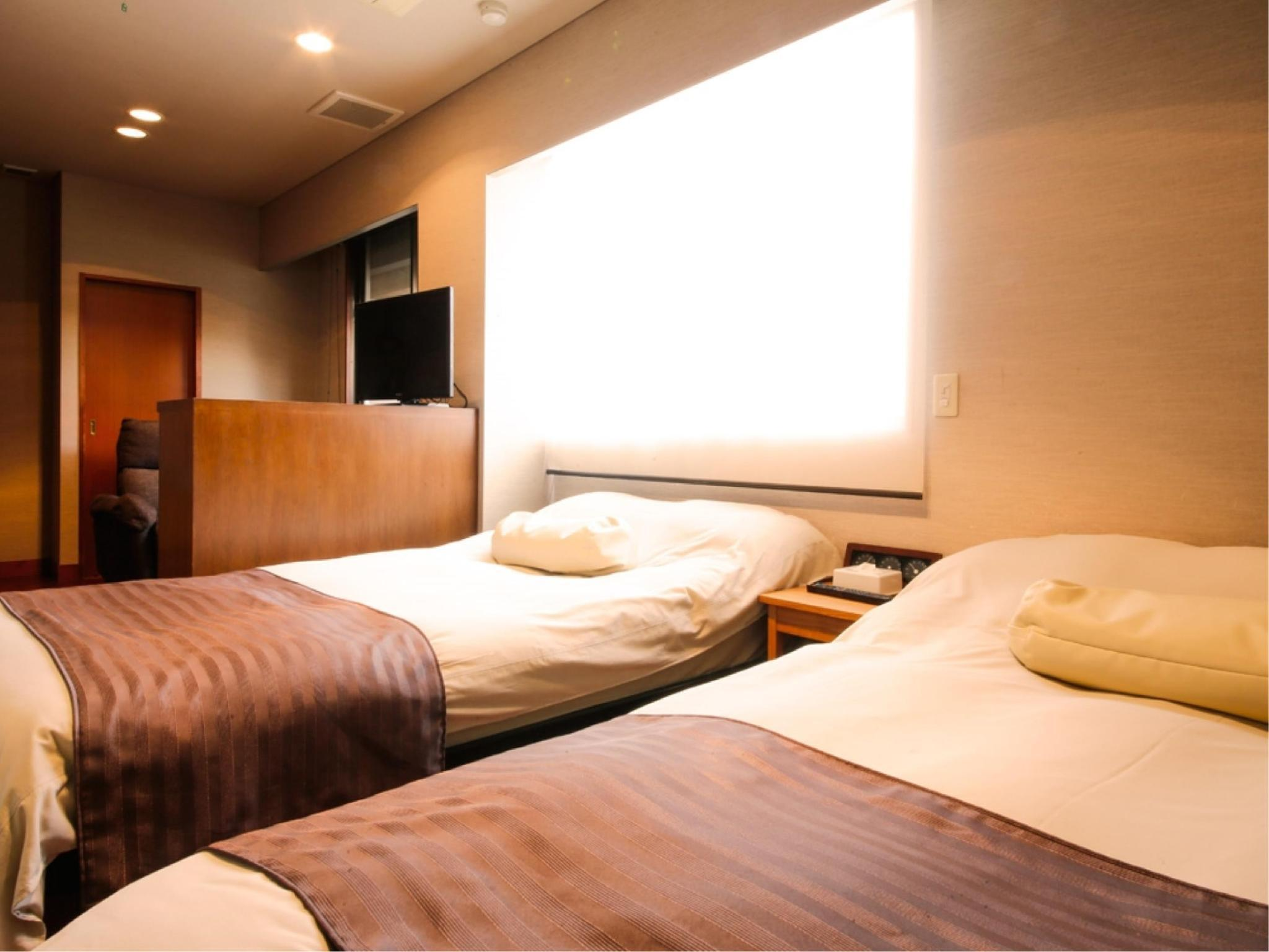Twin Room with Cypress Open-air Hot Spring Bath