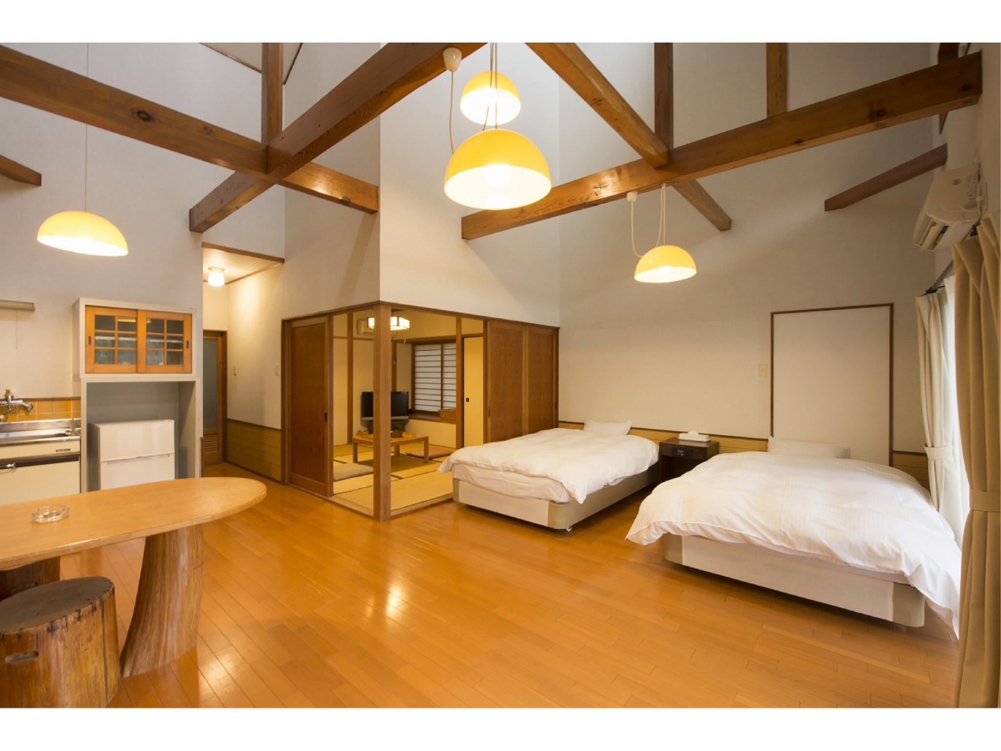 Standard Japanese/Western-style Room (Forest Cottage)