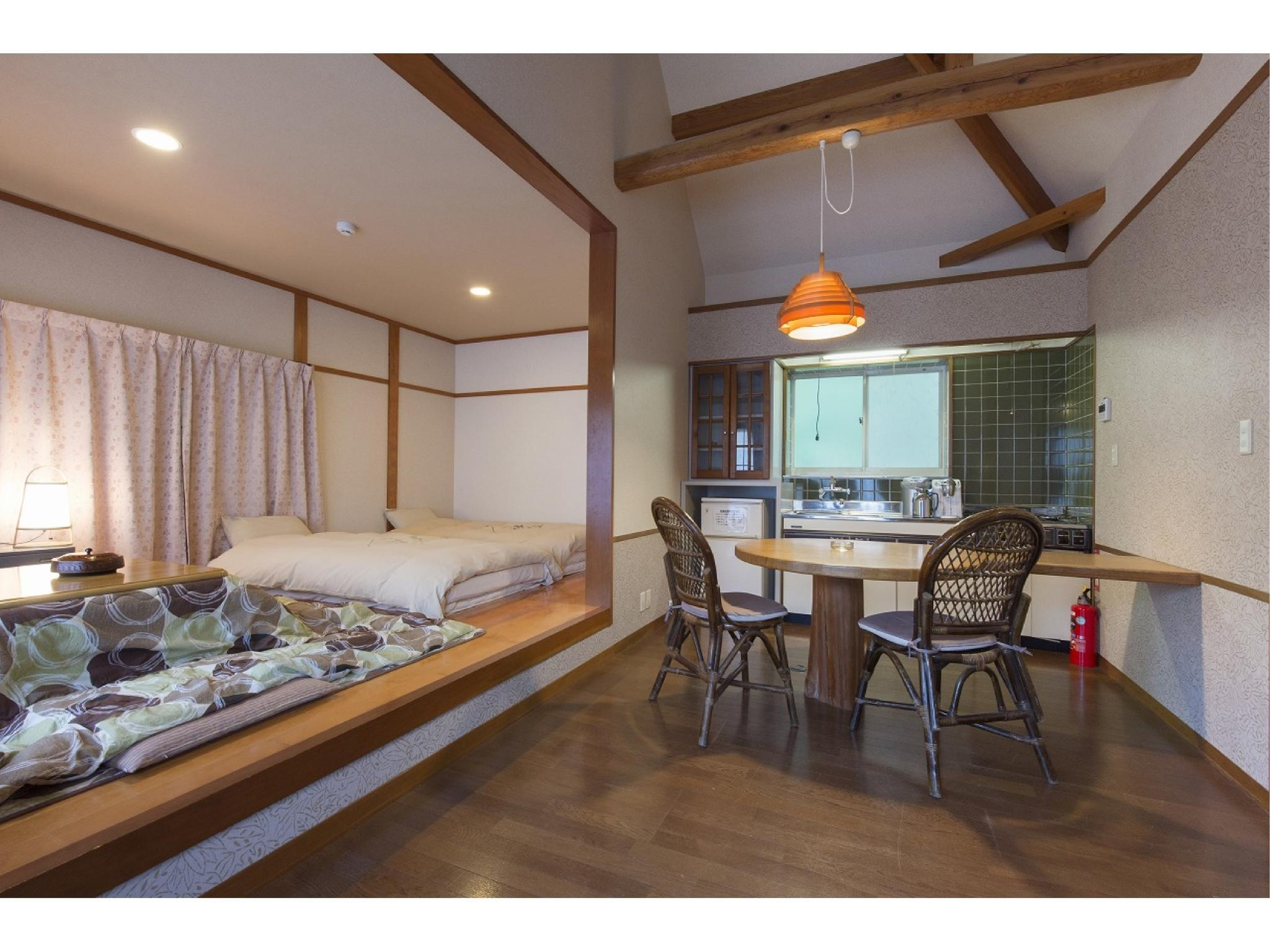 Superior Japanese-style Bedroom with Open-air Hot Spring Bath (Forest Cottage)