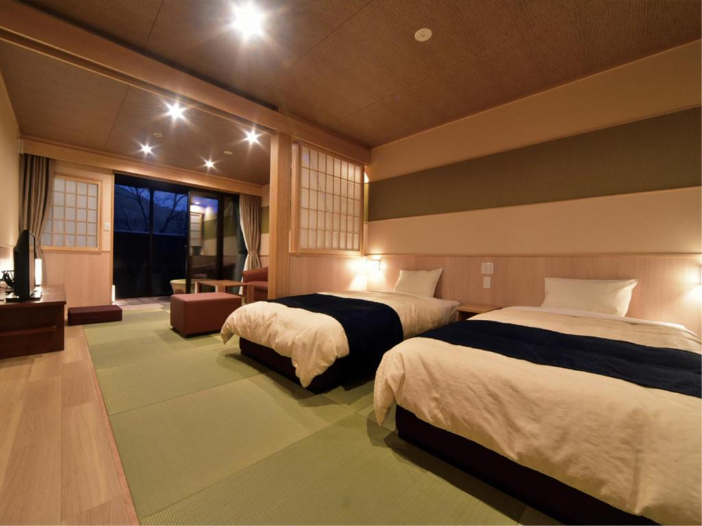 Japanese/Western-style Room with Open-air Bath (Building No. 2) - Guestroom Eigenji Onsen Happuno-yu