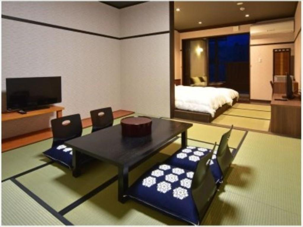 Japanese/Western-style Room with Open-air Bath (Building No. 1) - Guestroom