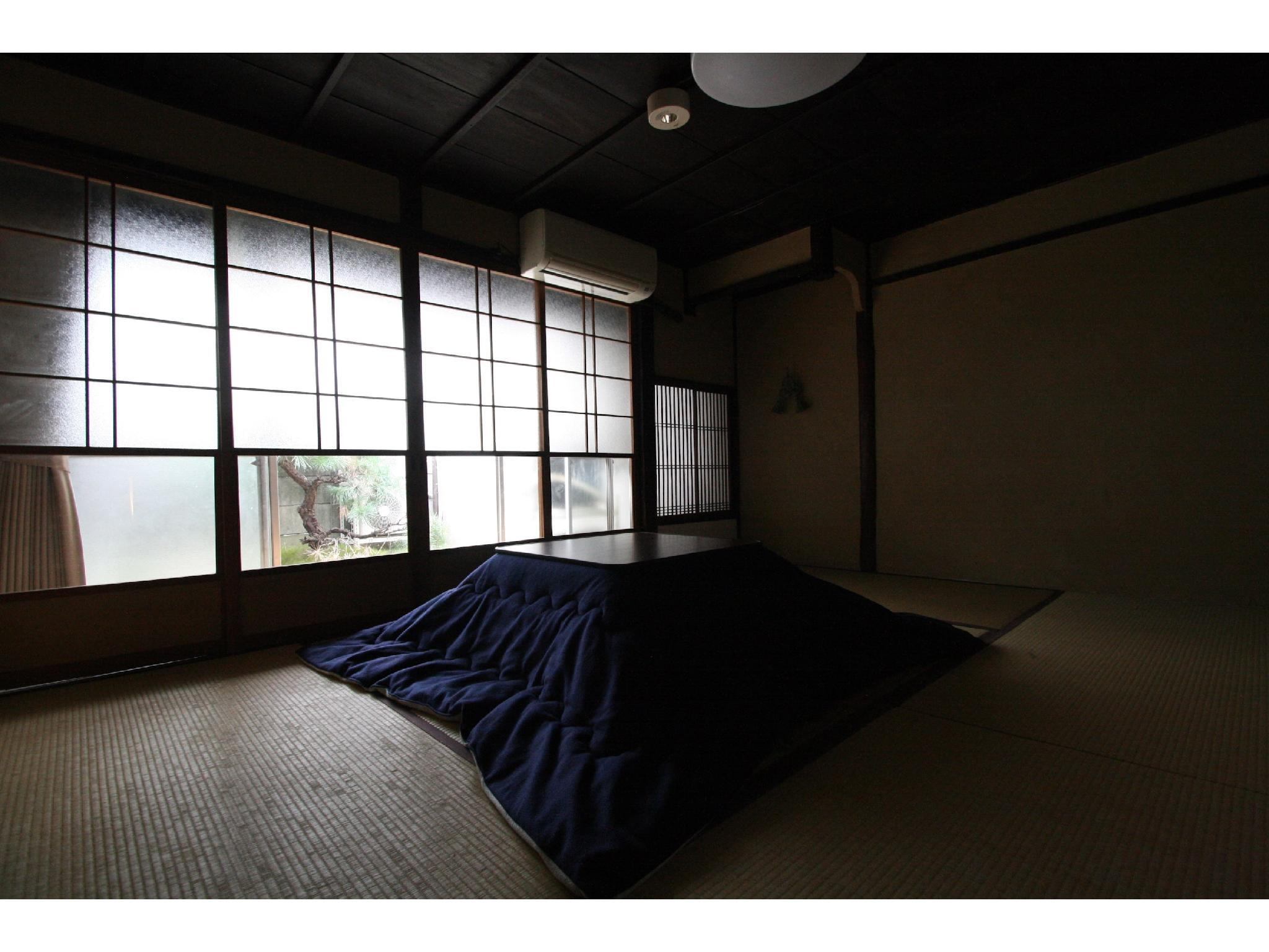 Private Japanese-style Room (Moegi Type)