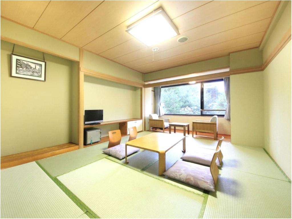 Japanese Style Room - Guestroom Hotel Evergreen Fuji
