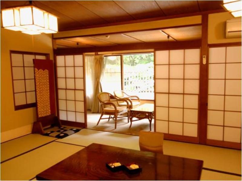 一般大型和室(温泉内風呂付) ≪禁煙≫ (Japanese-style Room with Indoor Hot Spring Bath)