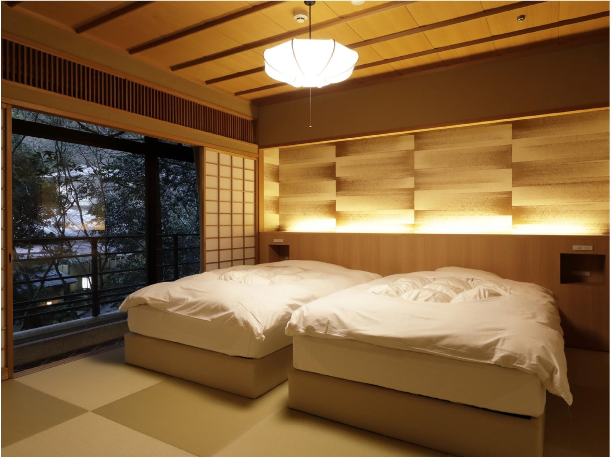 Deluxe Suite (Japanese-style Room + Bedroom, Momoyamadai Wing)