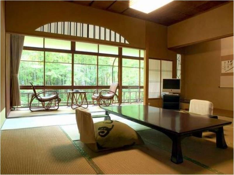 Japanese-style Room (Hana-no-To Wing)