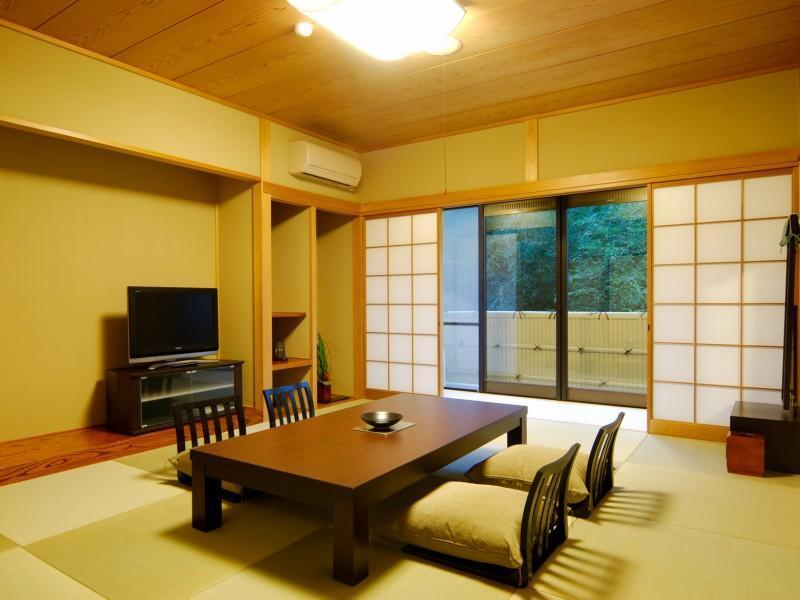 和室 (West Wing Japanese Style Room)