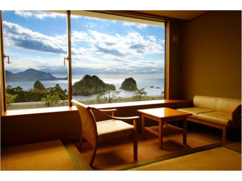 和室|10畳 (West Wing Japanese Style Room)