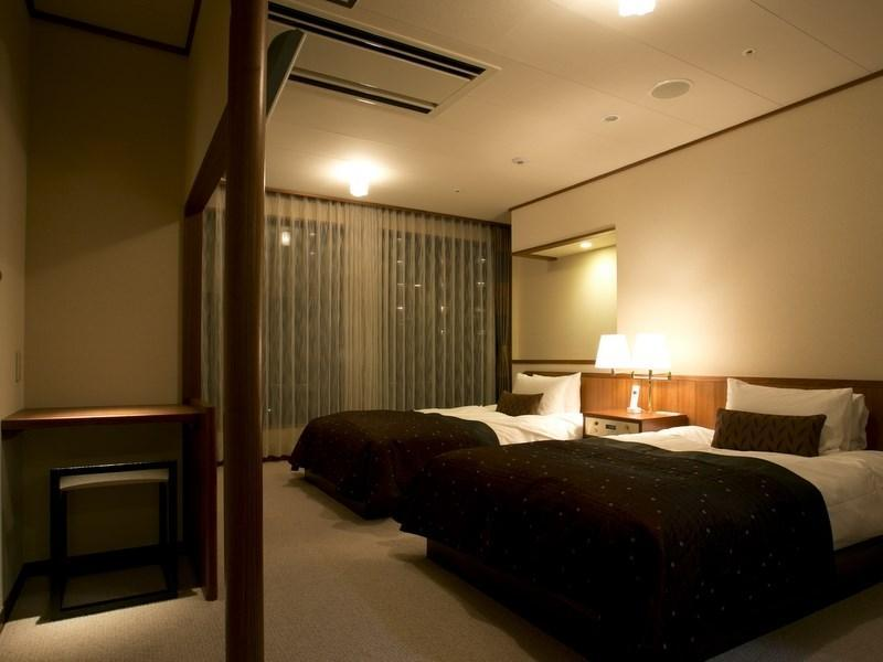 다다미 침대 객실(트윈베드룸) (Japanese/Western-style Room with Twin Bedroom)