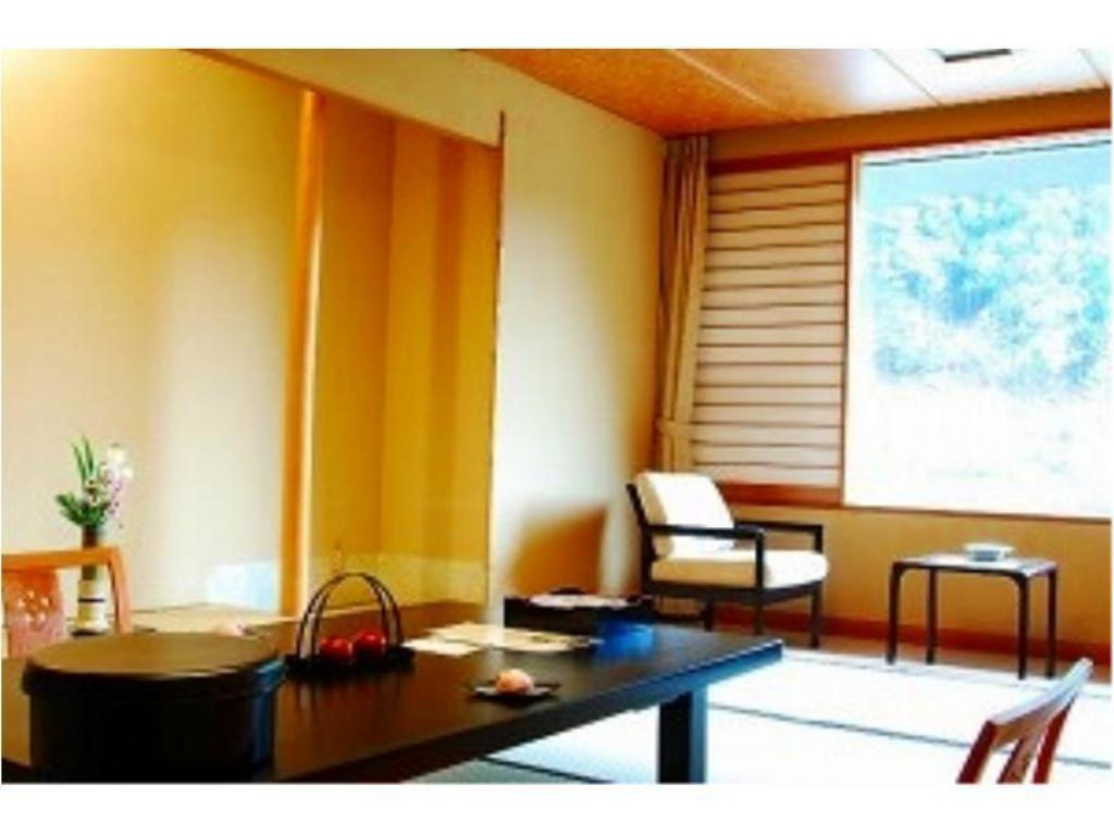 Japanese-style Room (Suimei Wing) - Guestroom