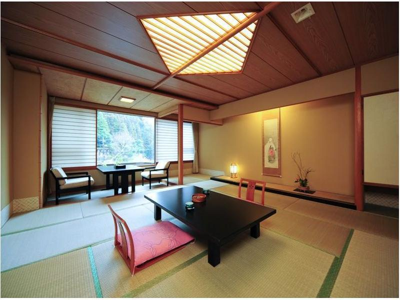 Japanese-style Room (Suimei Wing)