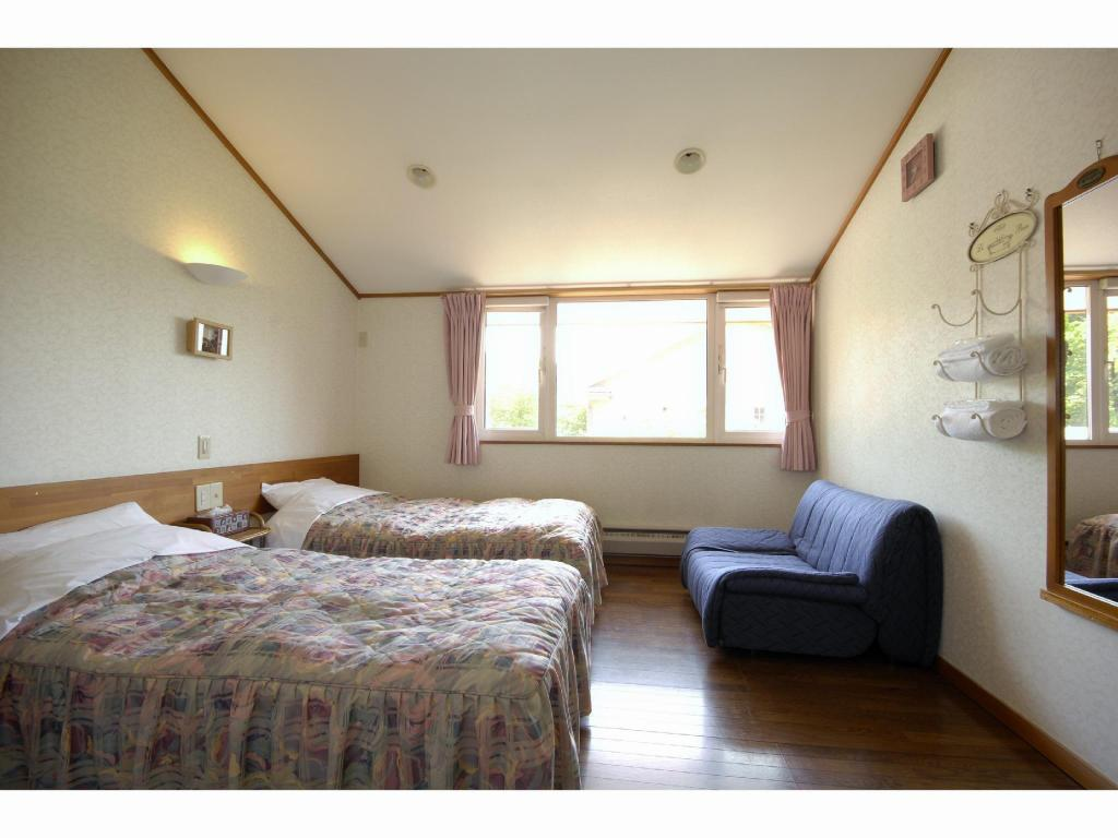 Twin Room - Guestroom Pension Field