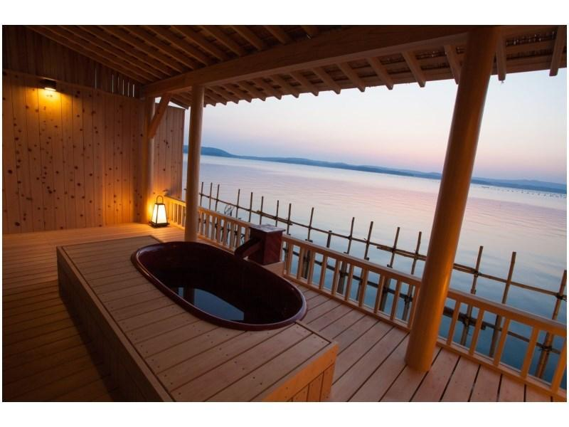 Detached Japanese-style Room with Open-air Bath (Rikyu Type) *Meal venue: Guestroom/private room (hotel's choice)