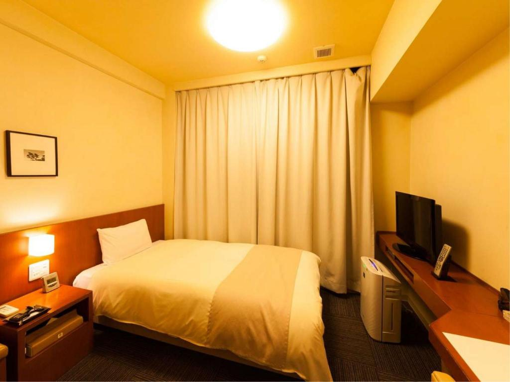 Economy Single Room *No bath or shower in room - Guestroom Natural Hot Spring Dormy Inn Kanazawa