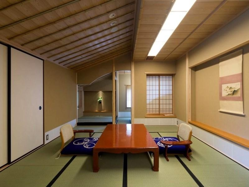 다다미 객실(FUJI-NO-MA 또는 KIKU-NO-MA/베드) (Japanese-style Room with Bed(s) (Fuji-no-Ma Type or Kiku-no-Ma Type))