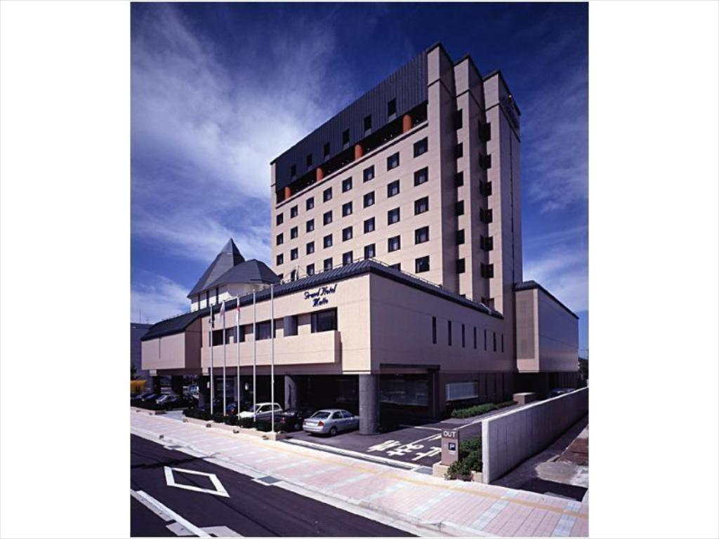 More about Grand Hotel Hakusan
