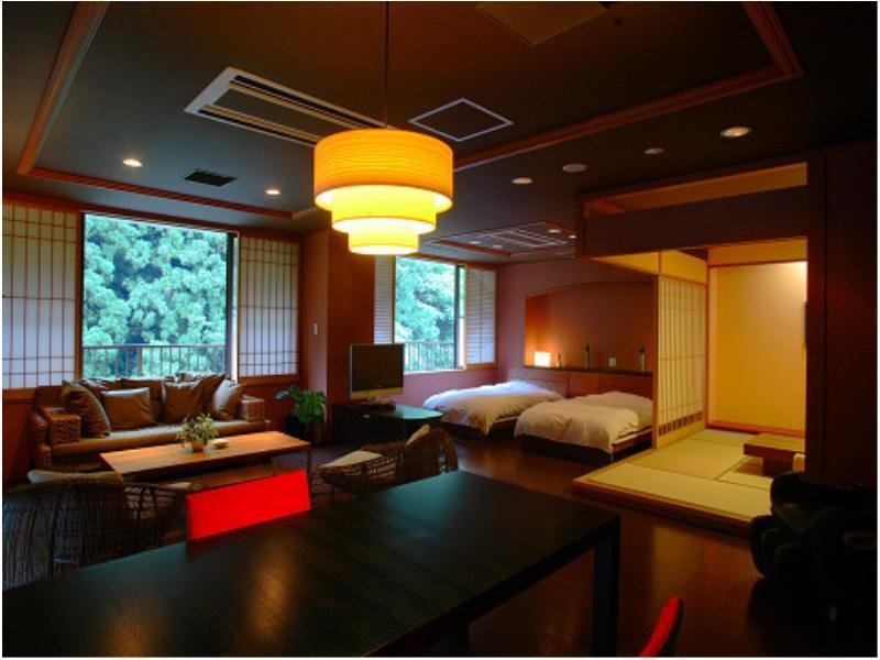 Wide Suite with Open-air Bath (Room 101, Rokushoan Type)