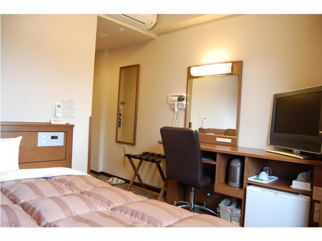 Single Room - Guestroom Hotel Route-Inn Tsuruga Ekimae