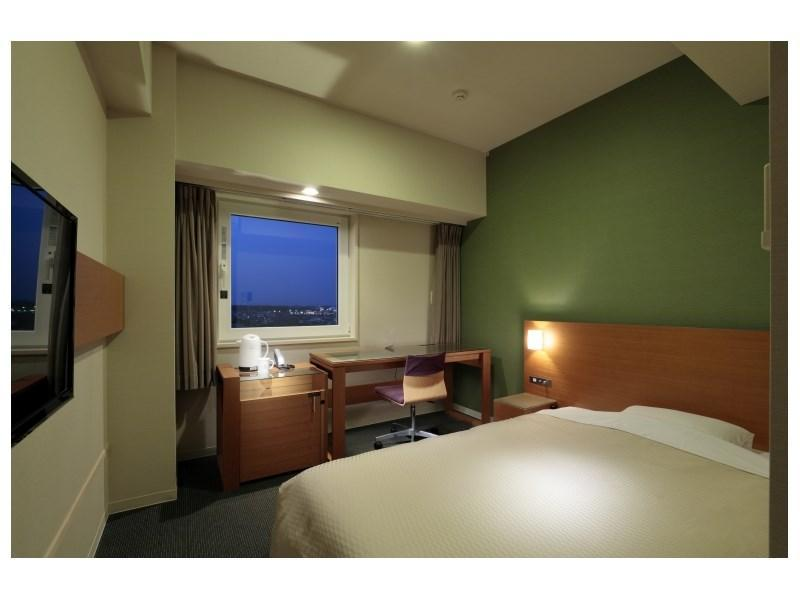 摩登簡易雙人大床房 (Moderate Compact Double Room)