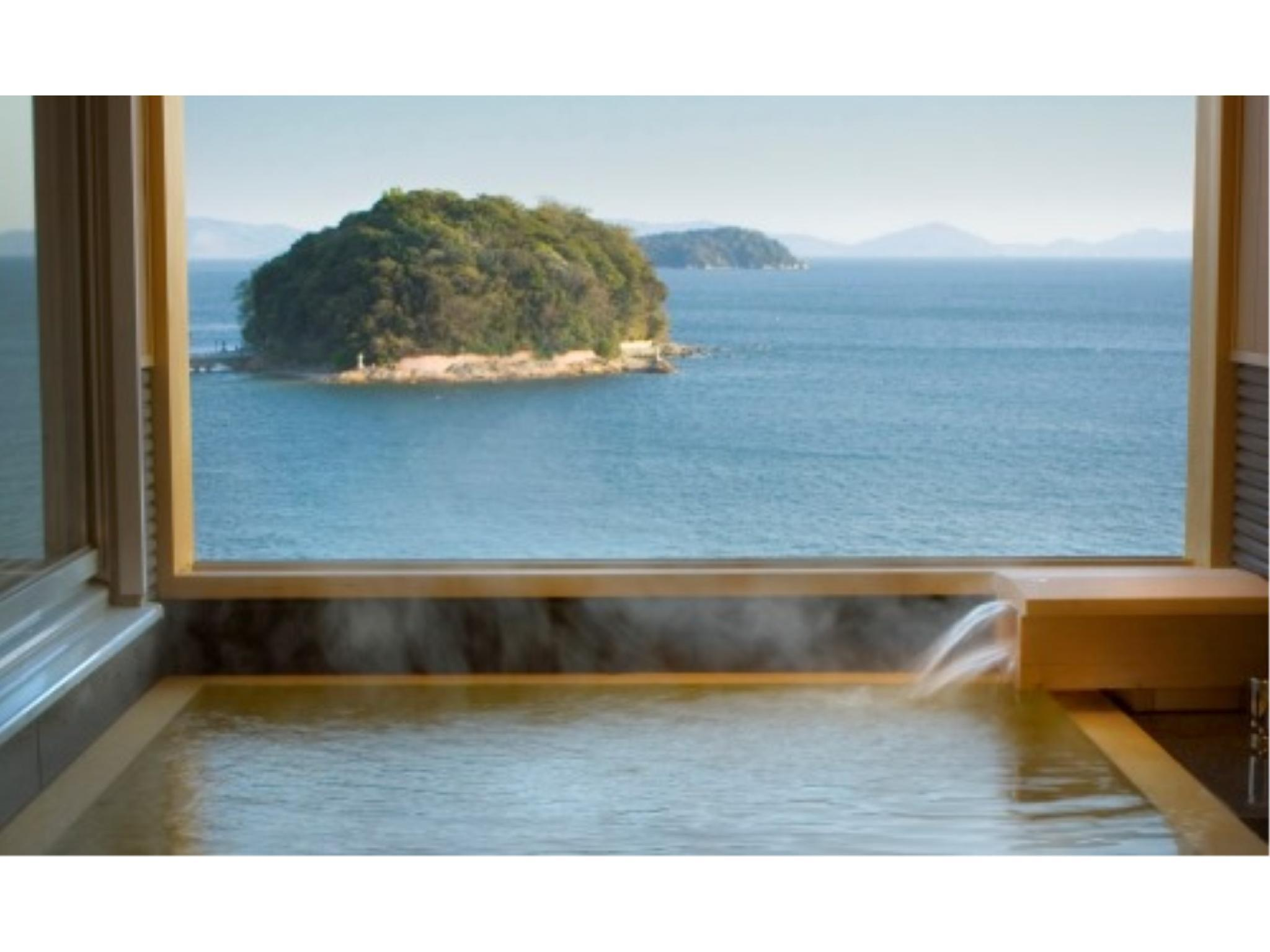西館 和洋式房 (Japanese/Western-style Room with Semi Open-air Bath (2 Beds, Sky View Floor))