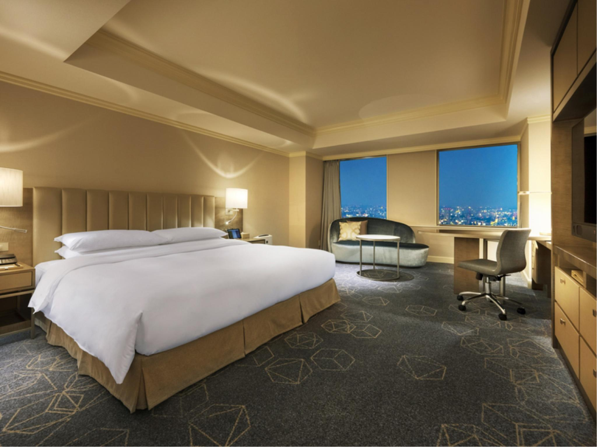 Deluxe Double Room (Concierge Floor)