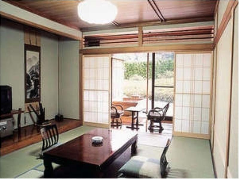 다다미 객실(본관/노천탕) (Japanese-style Room with Open-air Bath (Main Building))