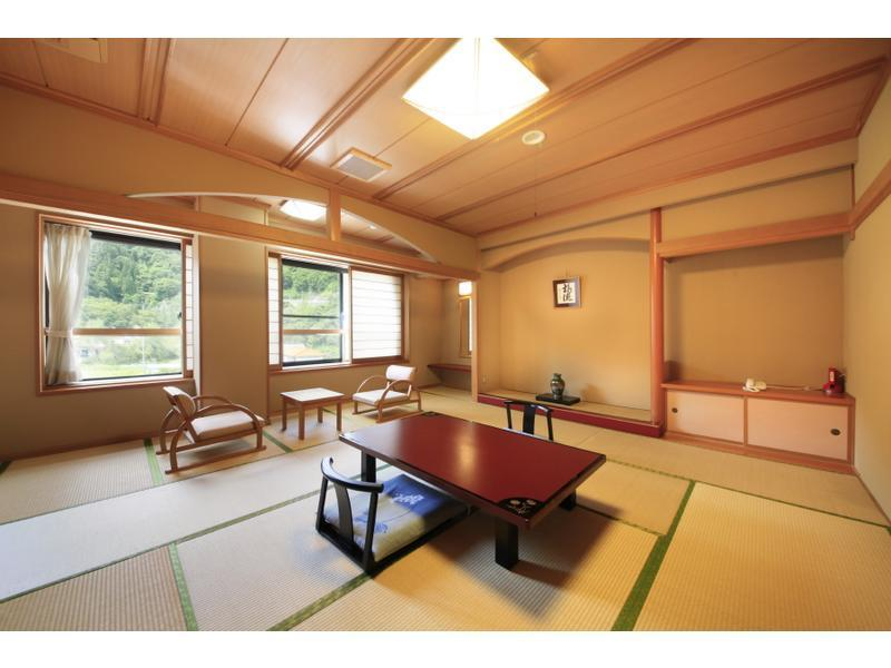 新万葉館 標準室(和室) 風呂なし|10畳 (Japanese-style Room (Shinmanyo Wing) *No bath in room)