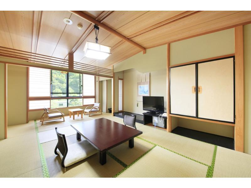 飛翔館 和室 風呂なし|10畳+踏込 (Japanese-style Room (Hisho Wing) *No bath in room)