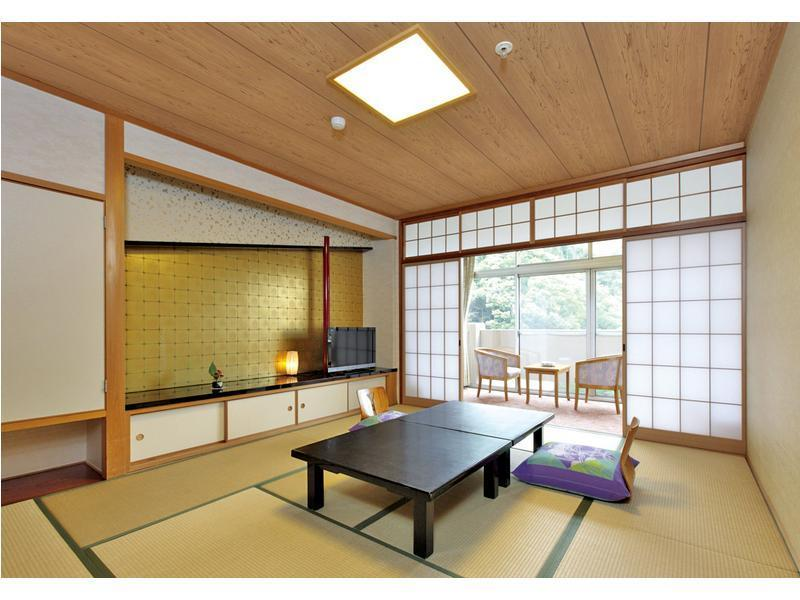 本館 和室 |10畳 (Japanese Style Room Main Building)