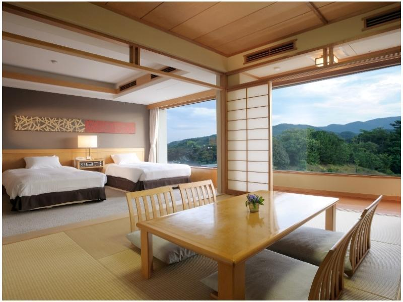 海洋翼樓 雙人雙床房&榻榻米 (Twin Room with Tatami Flooring (Ocean Wing))