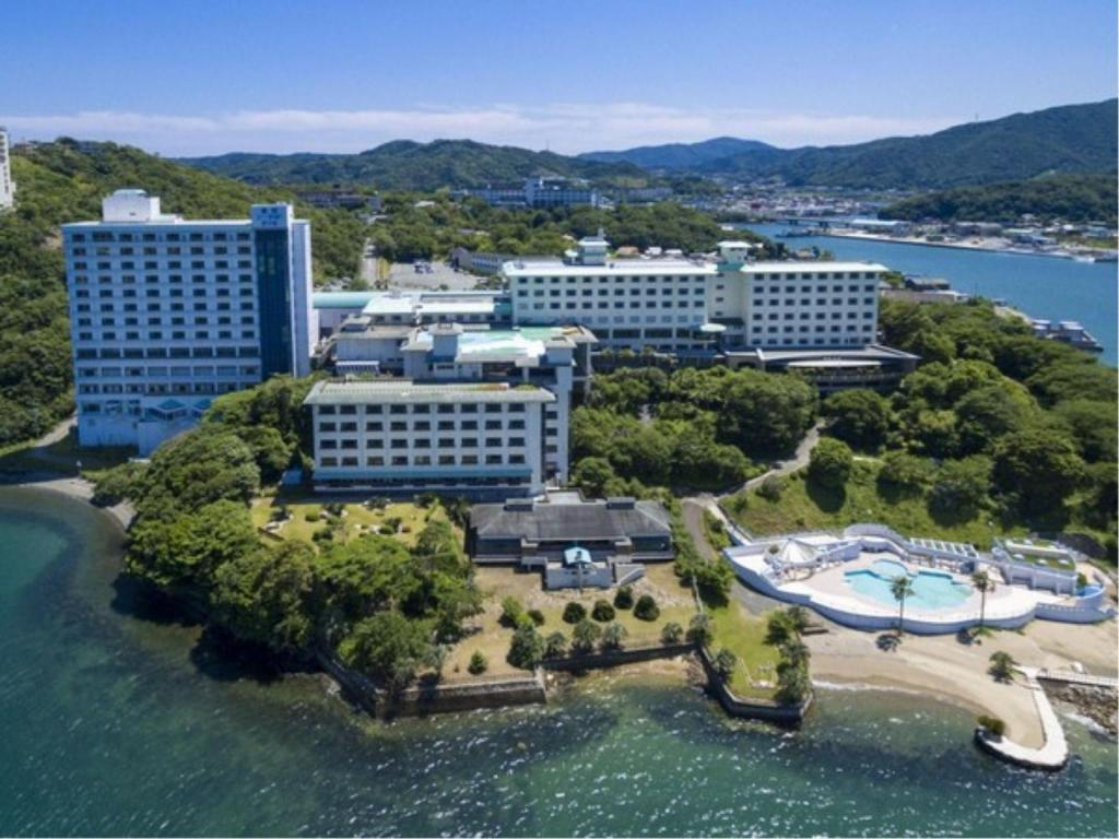 鳥羽海濱溫泉酒店 (Toba Seaside Hotel)